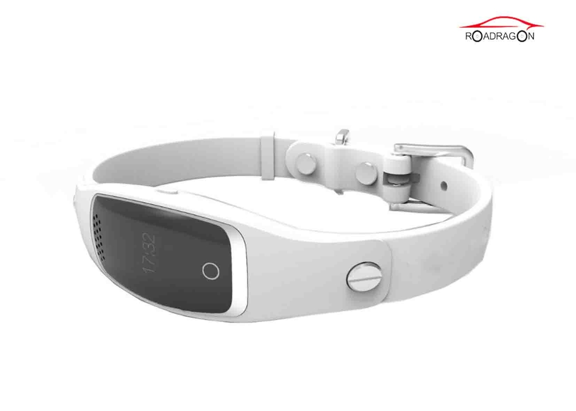 Real Time Dog Collar Pet GPS Tracker Miniature Size Remote Positioning 1 Button